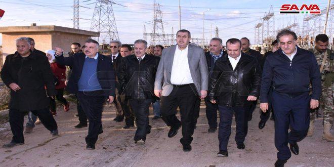 Une délégation ministérielle visite des établissements économiques dans la banlieue ouest-sud d'Alep
