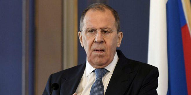 Lavrov: La Commission d'enquête internationale ne s'engage pas aux faits concrets