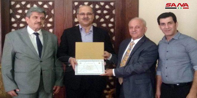 L'ambassade de Syrie au Caire rend hommage à plusieurs étudiants syriens qui ont obtenu le doctorat en Egypte