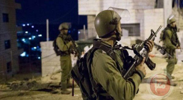 Les forces d'occupation attaquent les Palestiniens à Hébron en Cisjordanie