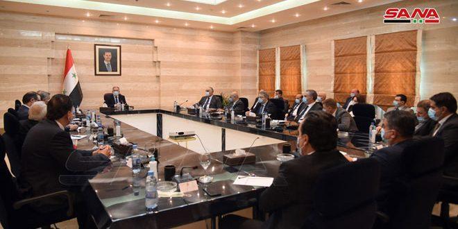Arnous discute avec les Chambres de Commerce et d'Industrie des moyens de stimuler la production