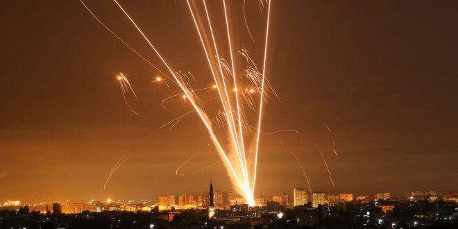 La résistance palestinienne attaque une position militaire de l'occupation israélienne à Naqab