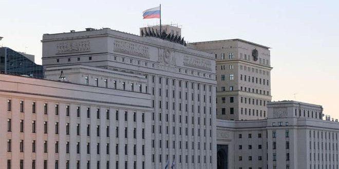 Le ministère russe de la Défense: La Coalition de Washington intensifie le transport de matériel militaire vers la zone syrienne de Jazira