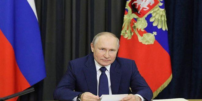 Poutine qualifie d'« inhumaine » l'interdiction d'importer des équipements médicaux à la Syrie