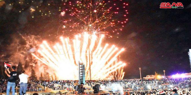 Rassemblement populaire imposant au stade municipal de Hama pour célébrer la victoire de Dr Bachar al-Assad à la présidentielle