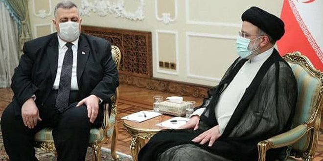 Représentant le président al-Assad, Sabbagh félicite le président iranien pour son accession à la présidence d'Iran