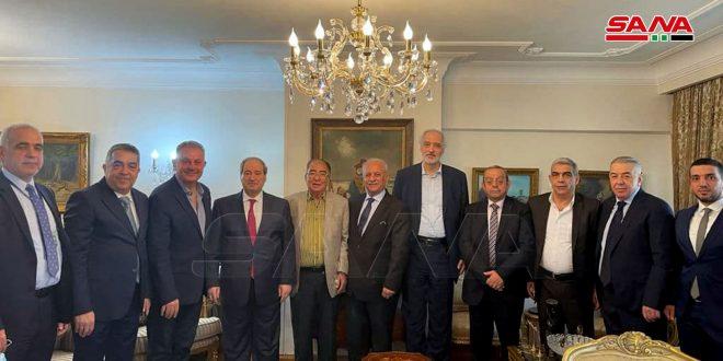 Miqdad rencontre des représentants de la communauté syrienne au Caire