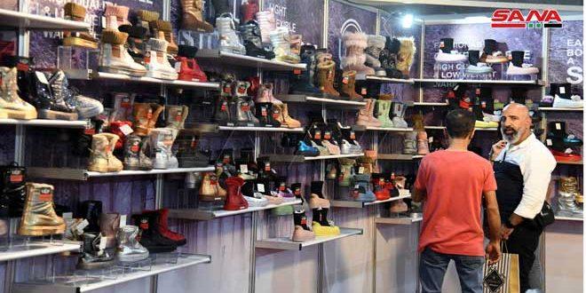 Plus de 100 sociétés participent au salon international d'exportation /SILA/ pour les chaussures et les produits en cuir
