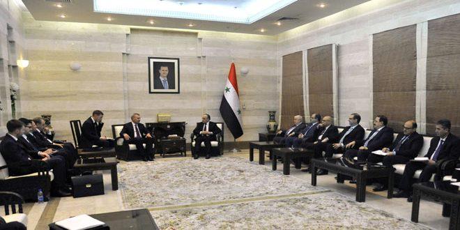 ח'מיס סקר עם פוריסוב את תוצאות הפגישות של הוועדה הסורית רוסית
