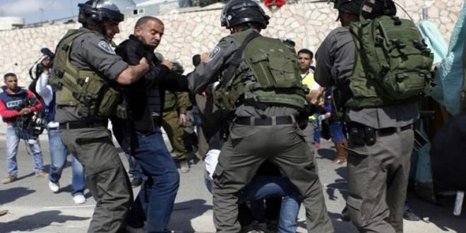 כוחות הכיבוש עוצרים 19 פלסטינים בגדה המערבית