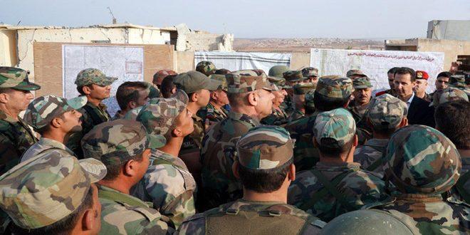 הנשיא אל-אסד נפגש עם אנשי הצבא בעיירה אל-הביט