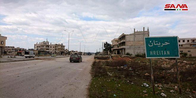 מצלמה של סאנא בליווי יחידות הצבא הערבי הסורי בעיירה חריתאן  בפריפריה הצפון-מערבית של חלב, לאחר הביסת הטרור ממנה
