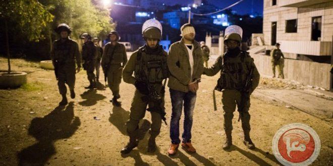 כוחות הכיבוש עוצרים 16 פלסטינים בגדה המערבית