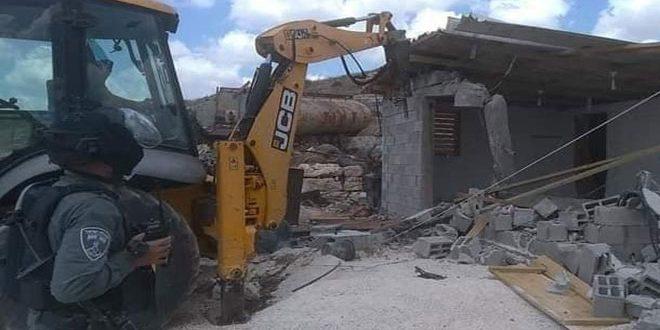 הכוחות הישראלים הרסו בית פלסטיני בעיר אלקודס הכבושה