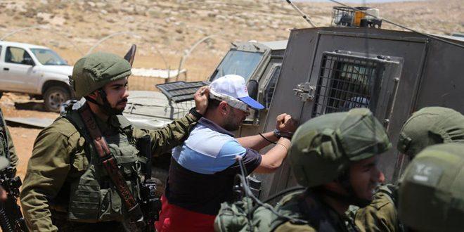 כוחות הכיבוש עוצרים 6 פלסטינים בגדה המערבית