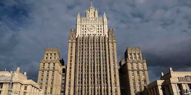 משרד החוץ הרוסי ממשיך להדגיש כי הנוכחות האמריקנית בסוריה בלתי חוקית
