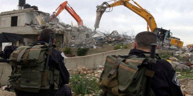 כוחות הכיבוש הורסים 5 בתים ושני מתקנים חקלאיים בגדה המערבית