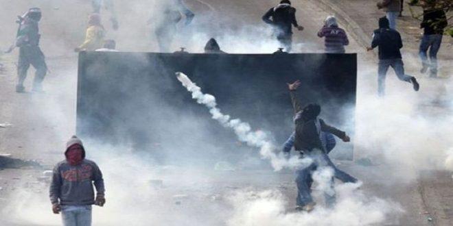 פציעת עשרות פלסטינים בתקיפתם על ידי הכיבוש בשכם