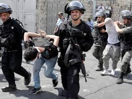 הכוחות הישראליים עצרו 2 פלסטינים בגדה המערבית
