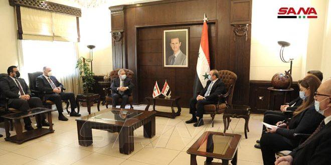 מח'לוף דן עם שר ההרווחה והתירות הלבנוני בדרכים לשיתוף פעולה בנושא שיבתם של הפליטים הסורים