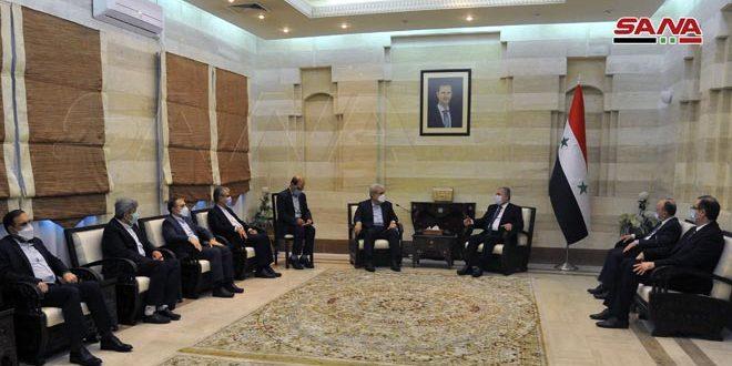 המהנדס ערנוס דן עם עוזר נשיא איראן בחילופי מומחיות מדעית בתחומי הטכנולוגיה, האינפורמטיקה והתקשורת