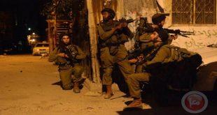 כוחות הכיבוש עוצרים 3 פלסטינים בגדה המערבית