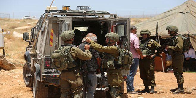 הכוחות הישראלים עצרו 4 פלסטינים בגדה המערבית