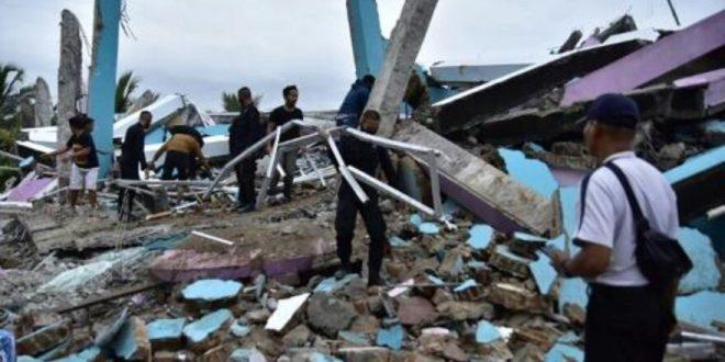 אינדונזיה: שלושה בני אדם נהרגו ברעידת אדמה בבאלי