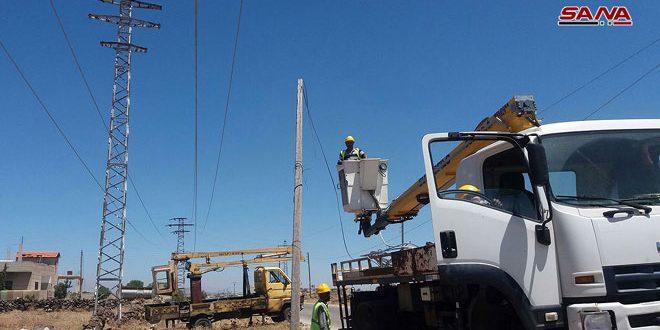 Ремонтные бригады продолжают восстанавливать линии электропередач на севере провинции Кунейтра