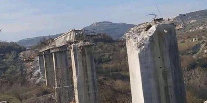 Турецкие наемники-террористы демонтировали, похитили и разрушили железнодорожный мост в Идлебе
