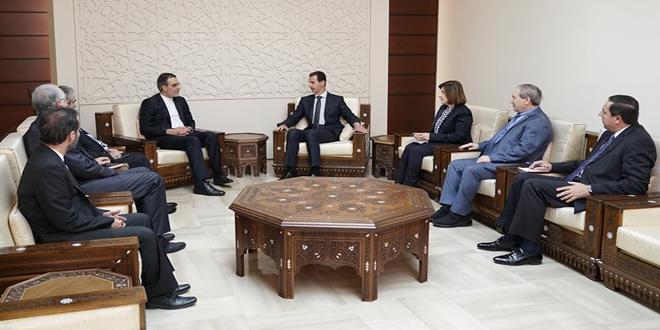 Cumhurbaşkanı el Esad İran Dışişleri Bakanının Arap ve Afrika işlerinden sorumlu yardımcısı Hüseyin Cabiri Ensari ve ona eşlik eden heyeti kabul ediyor.