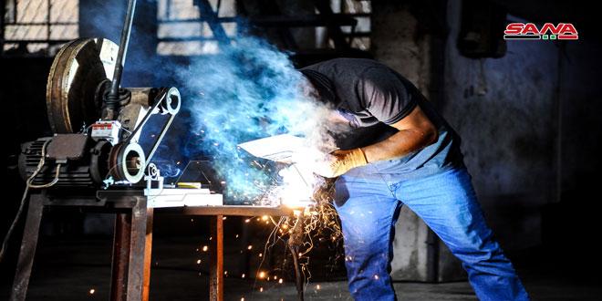 """Fadlun Sanayi Bölgesindeki fabrikalarda """"Yeniden Yapılanma"""" Projelere girecek endüstriyel ürünler üretiliyor"""