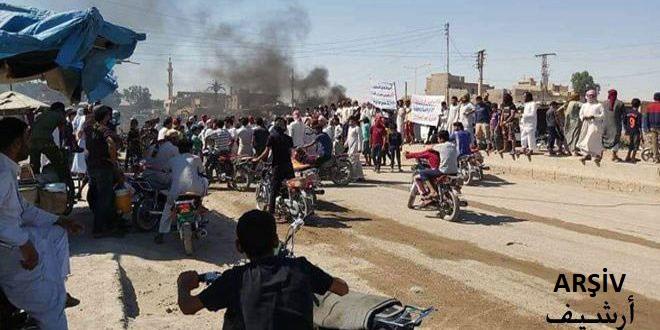 İşgalci Türk Kuvvetleri Kiralıkları Yolları Keserek Haseke Rasul Ayn Bölgesindeki Sivillerin Kendilerine Rüşvet Vermelerini Dayatıyorlar