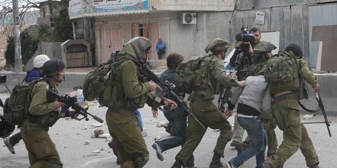 İsrail İşgal Güçleri, Ramallah Kentinde 2 Filistinliyi Tutukladı
