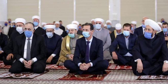 Cumhurbaşkanı Esad, Peygamberimizin Mevlid-i Şerif Yıldönümüyle İlgili Dini Kutlamalarına Katıldı