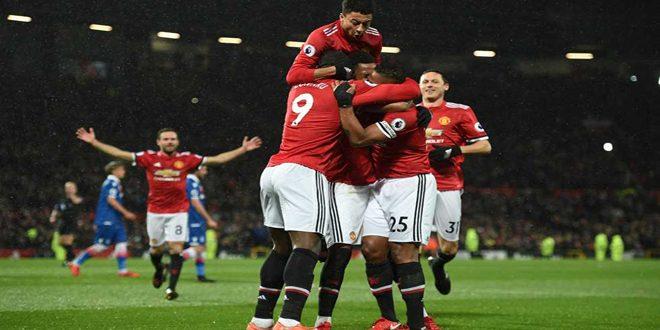 مانشستر يونايتد يتغلب على ستوك سيتي بثلاثية في الدوري الإنكليزي بكرة القدم