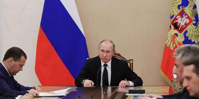 بوتين يبحث مع مجلس الأمن الروسي الوضع في سورية