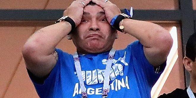 مارادونا يبكي…