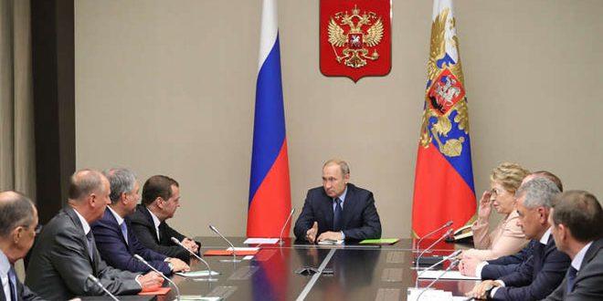 بوتين يبحث مع مجلس الأمن القومي أمن العسكريين الروس في سورية