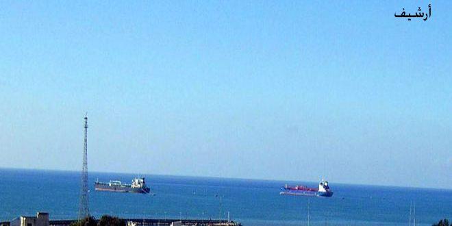 بدء عمليات تفريغ ناقلة غاز تحمل على متنها 2200 طن من الغاز السائل في بانياس