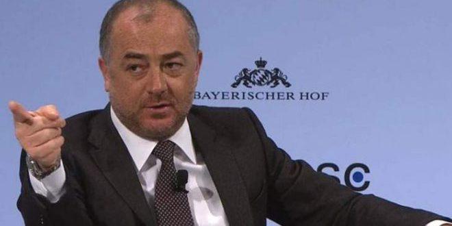 وزير الدفاع اللبناني: ضرورة إيجاد حل للأزمة في سورية يحفظ سيادتها