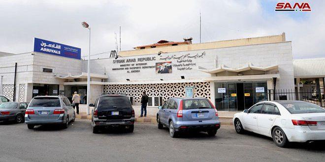 وفاة شخصين وإصابة سبعة آخرين في حادثين مروريين على طريق دمشق بيروت