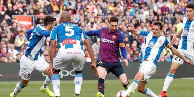 ميسي يقود برشلونة للفوز على إسبانيول