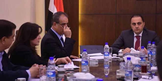 غرفة تجارة ريف دمشق تدعم إعادة إعمار المدارس بـ100 مليون ليرة