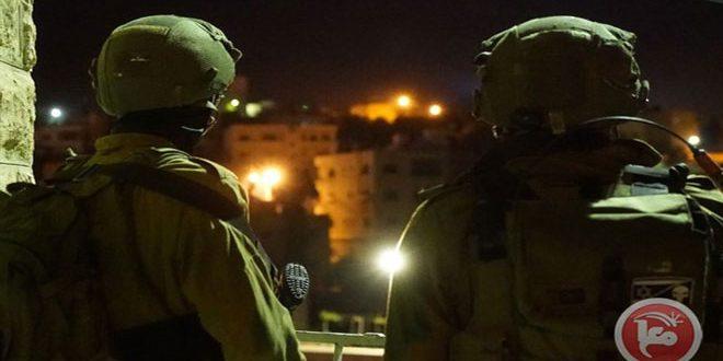 الاحتلال يعتقل 3 فلسطينيين في الضفة الغربية