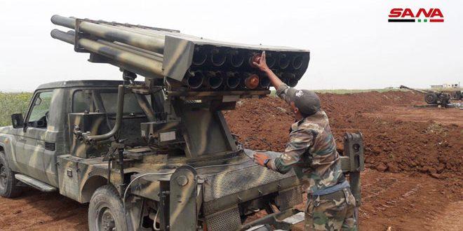 كاميرا سانا ترصد تصدي رجال الجيش لهجمات إرهابيي جبهة النصرة على محور تل هواش بريف حماة