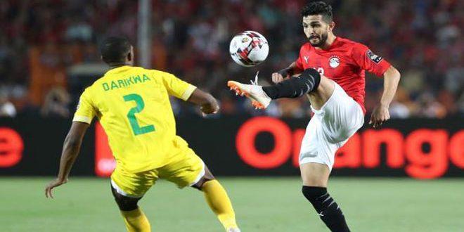 مصر تستهل كأس أفريقيا بفوز غير مقنع على زيمبابوي
