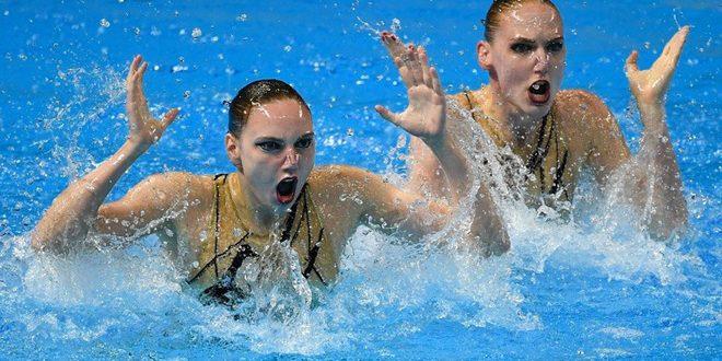 روسيا تحرز ذهبية ثنائي السباحة المتزامنة في بطولة العالم