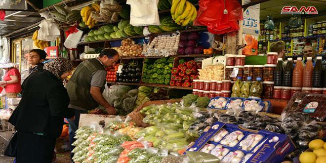 مدير حماية المستهلك: انخفاض أسعار الفواكه والخضراوات بنسبة كبيرة