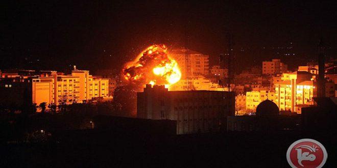 طيران الاحتلال يشن سلسلة غارات على مناطق مختلفة من قطاع غزة